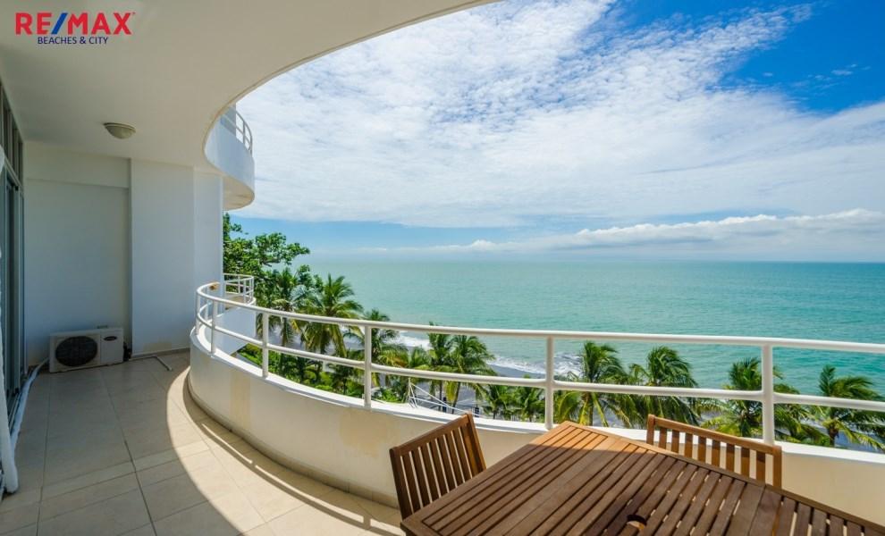 Remax real estate, Panama, Coronado, Oceanfront Condo in Coronado