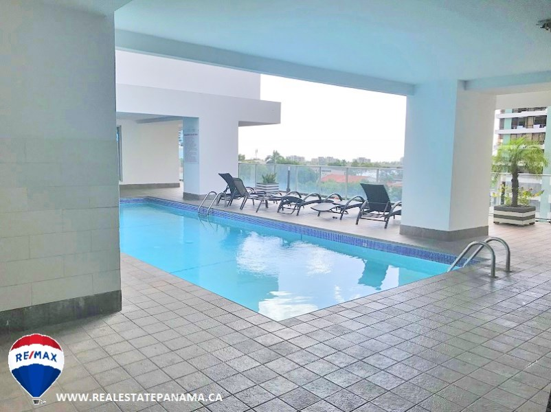 Remax real estate, Panama, Panamá - Punta Paitilla, 4 Bedroom Apartment with Maid's Quarter in Punta Paitilla, Panama City