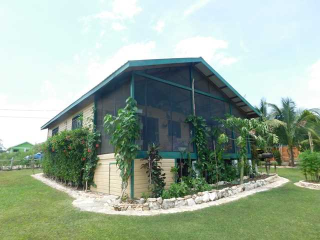 Remax real estate, Belize, San Ignacio, # 2054 - TWO BEDROOM HOUSE - SAN IGNACIO TOWN, CAYO DISTRICT