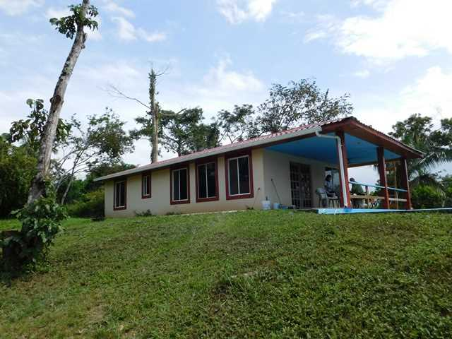 Remax real estate, Belize, Belmopan, # 2090 - 2 BEDROOM HOUSE + POOL + 1.37 ACRE + RIVER - near BELMOPAN CITY, CAYO
