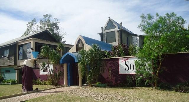 Remax real estate, Belize, San Ignacio, # 2181 - RESTAURANT + HOTEL + HOUSE - 1.35 ACRES - Near SAN IGNACIO TOWN, CAYO