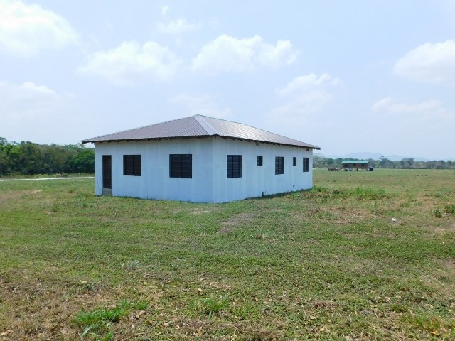 Remax real estate, Belize, San Ignacio, #2210 -  UNFINISHED 4 BEDROOM HOUSE + 1 ACRE OF LAND - SAN IGNACIO, CAYO DISTRICT