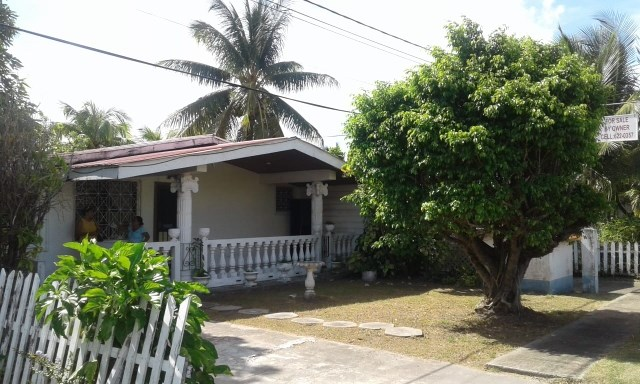 Remax real estate, Belize, Belize City, #2260 - A 3 BEDROOM HOUSE IN LADYVILLE, NEAR BELIZE CITY.