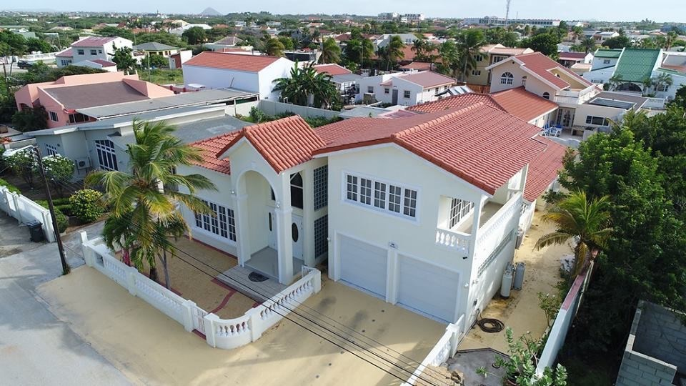 RE/MAX real estate, Aruba, Palm Beach, Luxury Palm Beach Villa