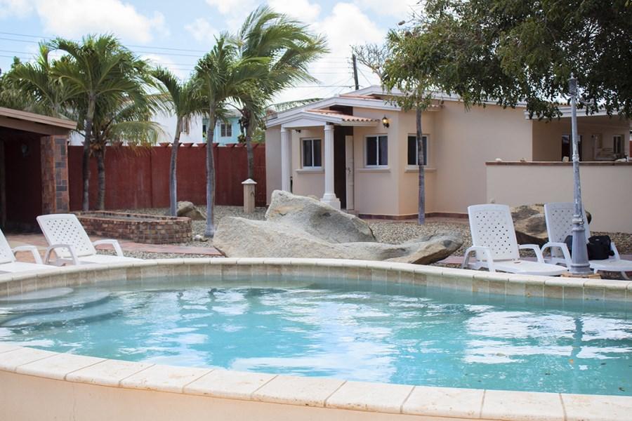 RE/MAX real estate, Aruba, Oranjestad, Tanki Lendeert 60 J