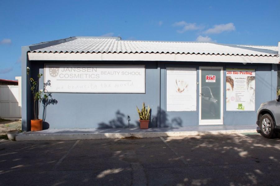 RE/MAX real estate, Aruba, Santa Cruz, Santa Cruz 111-B