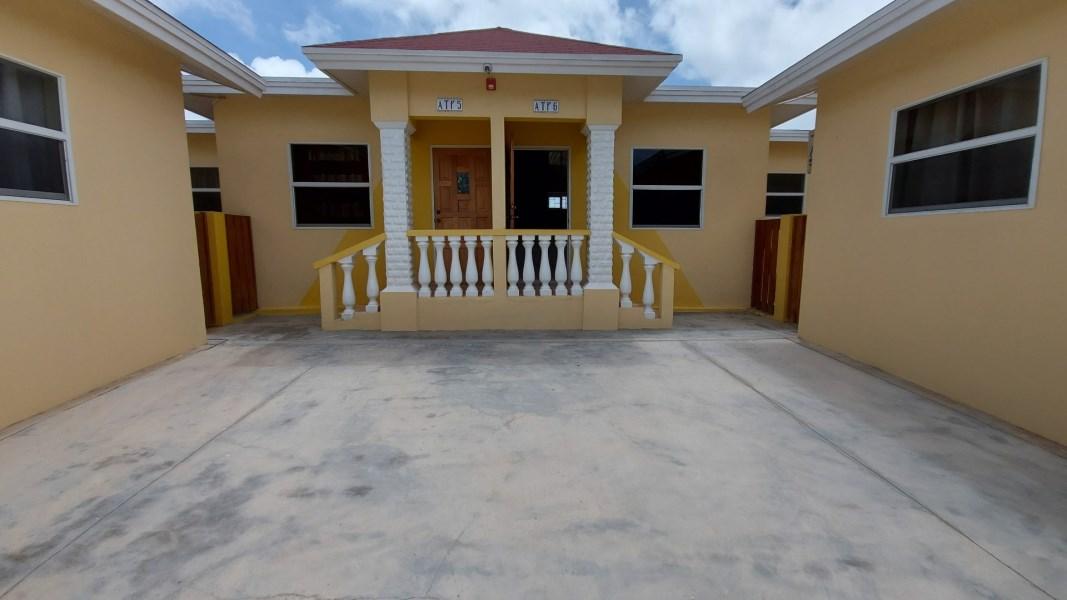 RE/MAX real estate, Aruba, Oranjestad, Kas Paloma Apts  *RENTED*!!!