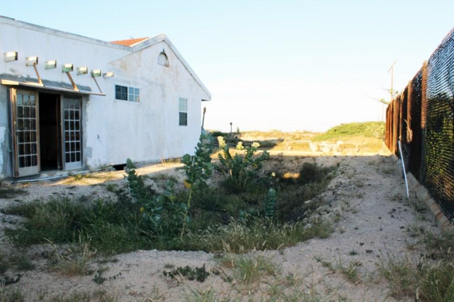 RE/MAX real estate, Aruba, Sint Nicolaas, Fort Heuvelstraat 50 UNDER *CONTRACT* !!!