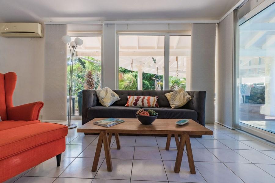 RE/MAX real estate, Aruba, Oranjestad, Bubali 115 M
