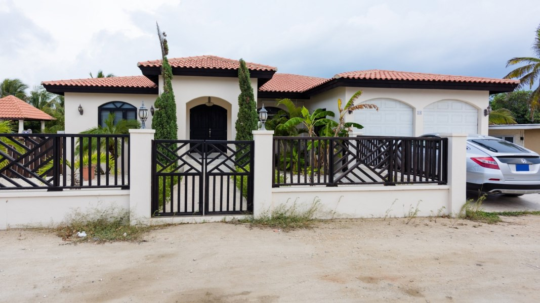 RE/MAX real estate, Aruba, Oranjestad, Malmokweg 18
