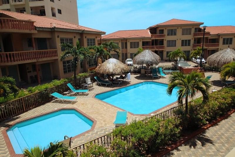 RE/MAX real estate, Aruba, Oranjestad, Palma Real 49