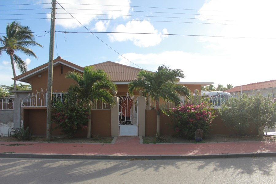 RE/MAX real estate, Aruba, Pos Chikito, Pos Chiquito 98-A