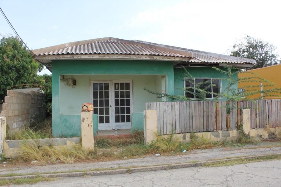 RE/MAX real estate, Aruba, Sint Nicolaas, De Ruyterstraat 9