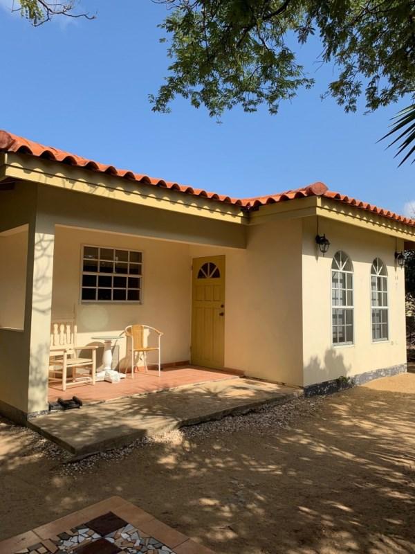 RE/MAX real estate, Aruba, Oranjestad, Mahuma 9-B