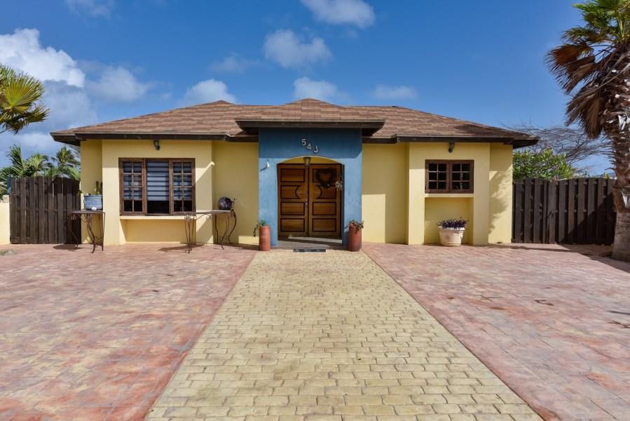 RE/MAX real estate, Aruba, Noord, Washington 54-J