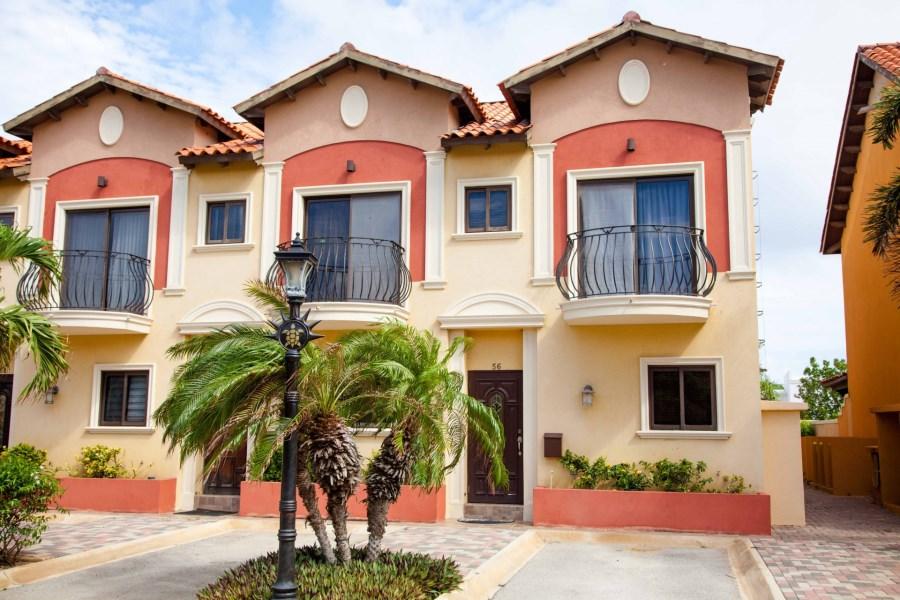 RE/MAX real estate, Aruba, West Punt, Diamante 56 Gold Coast