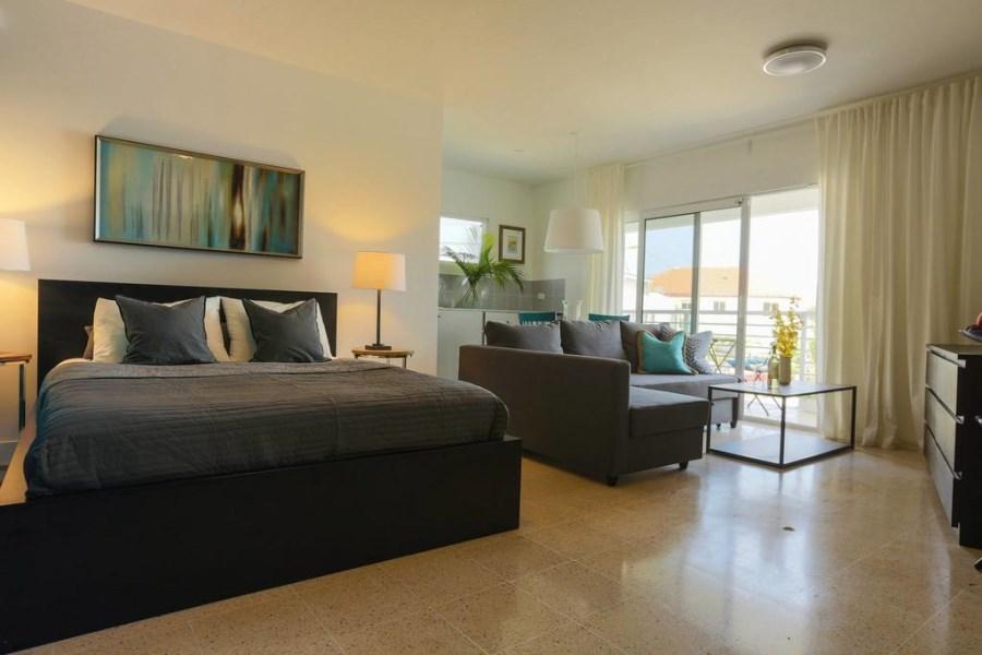 RE/MAX real estate, Aruba, Oranjestad, Nieuwstraat 13 - Studio #4