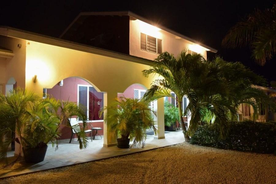 RE/MAX real estate, Aruba, Oranjestad, Bubali - Studio Apartment