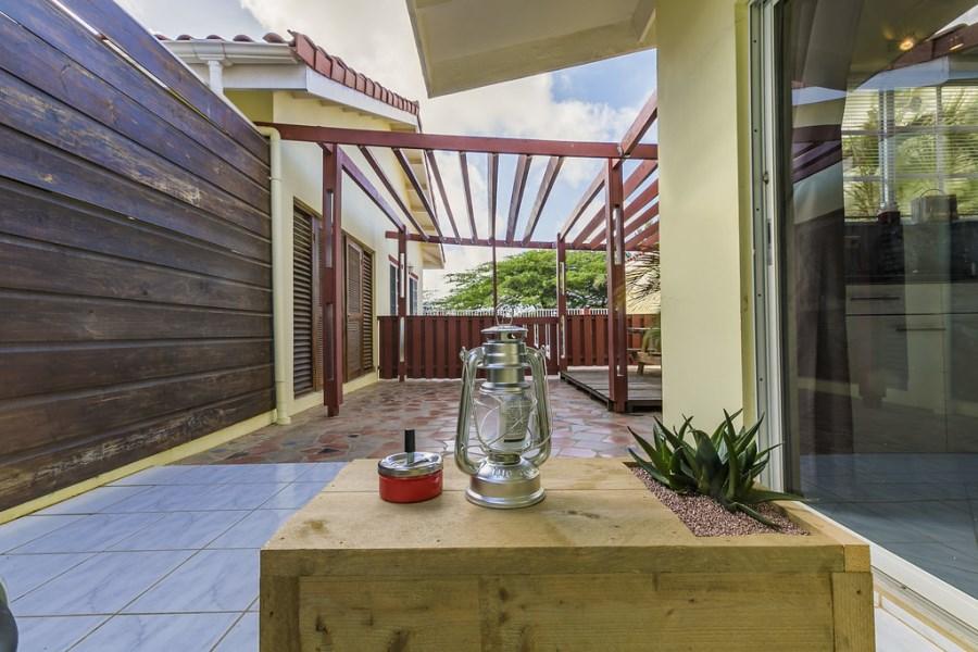 RE/MAX real estate, Aruba, Oranjestad, San Barbola - Studio Apartment For Rent