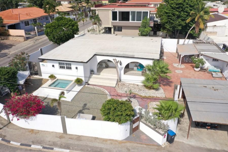 RE/MAX real estate, Aruba, Oranjestad, Sisalstraat 19