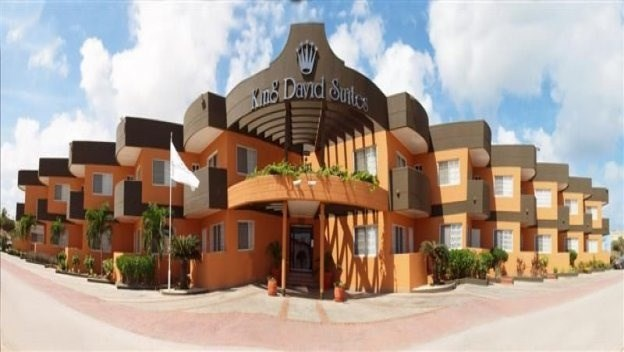 RE/MAX real estate, Aruba, Palm Beach, King David Suits