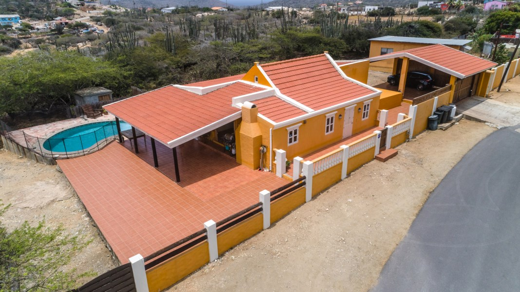 RE/MAX real estate, Aruba, Santa Cruz, Kadushi Largo 9