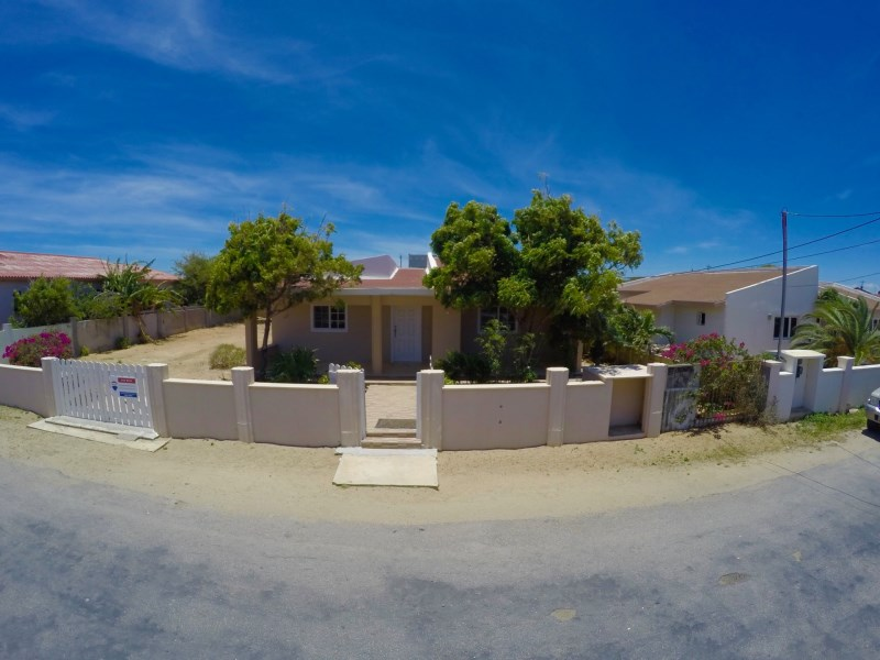 RE/MAX real estate, Aruba, Santa Cruz, Hooiberg 18-I