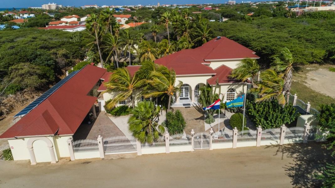 RE/MAX real estate, Aruba, Oranjestad, Oranjestad Luxury Villa