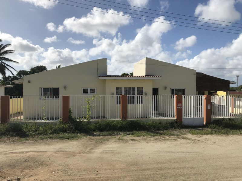 RE/MAX real estate, Aruba, Santa Cruz, Macuarima 41-C