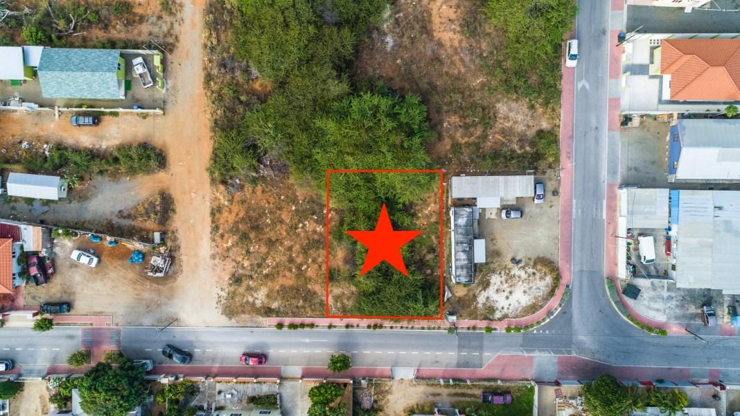 RE/MAX real estate, Aruba, Oranjestad, Madiki Land 430 m2