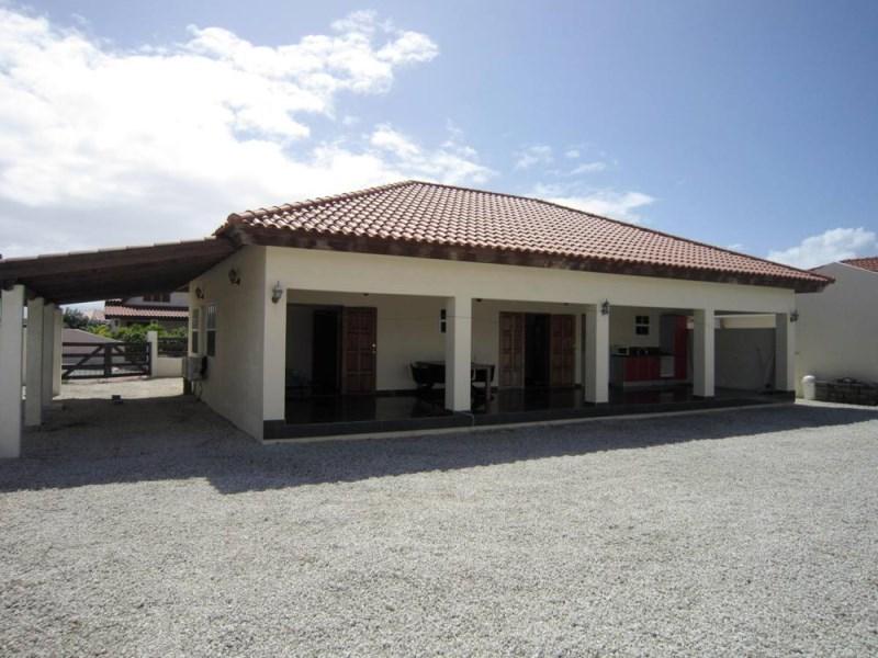 RE/MAX real estate, Aruba, Noord, Esmeralda 50