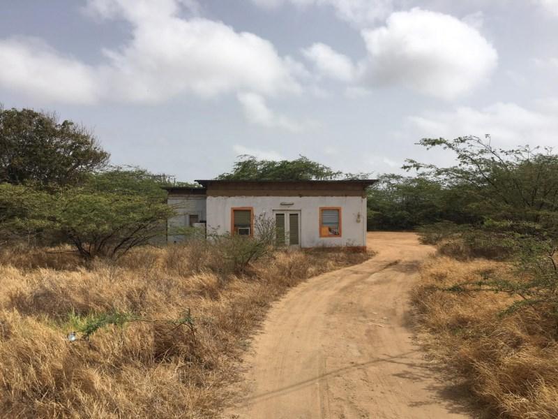 RE/MAX real estate, Aruba, Oranjestad, San Barbola 36 Fixer upper