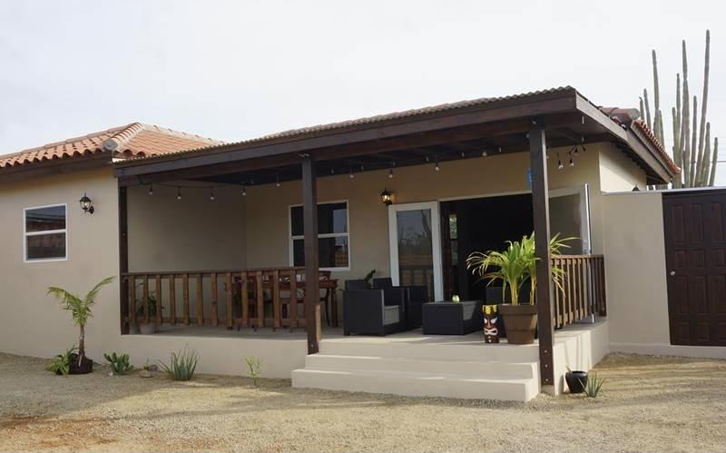 RE/MAX real estate, Aruba, Paradera, Paraguana 12-M