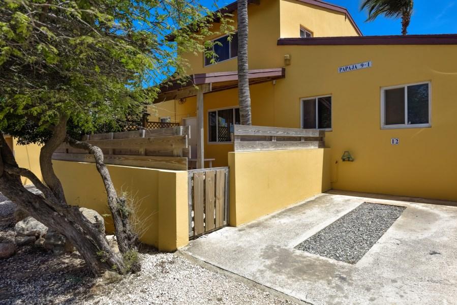 RE/MAX real estate, Aruba, Paradera, Papaya 9-I Apartment Complex