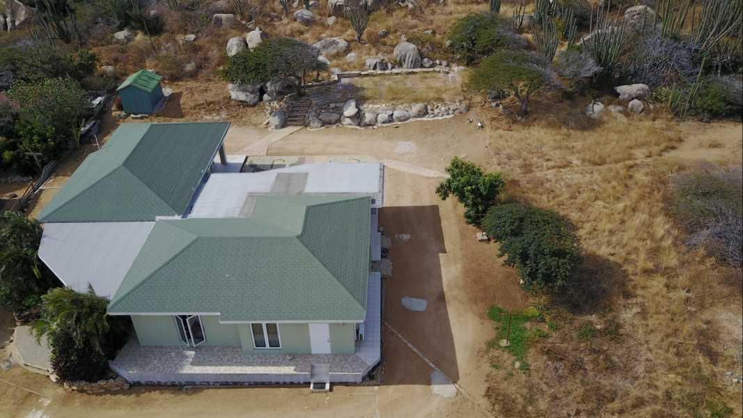 RE/MAX real estate, Aruba, Santa Cruz, Macuarima 70-B