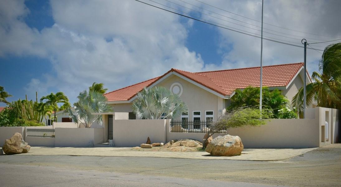 RE/MAX real estate, Aruba, Paradera, Koeriboeri 8-C