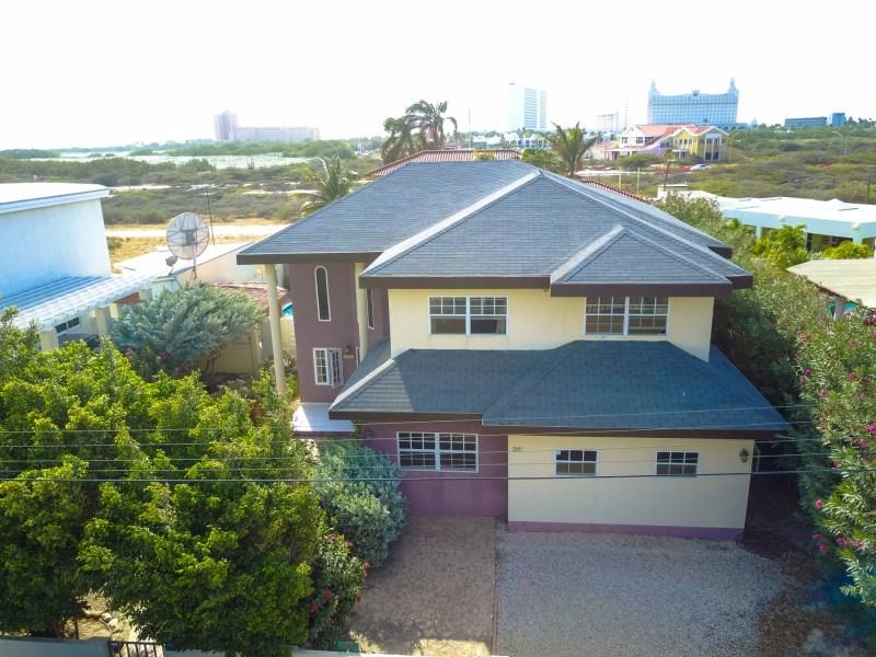 RE/MAX real estate, Aruba, Noord, Koyari 36-F