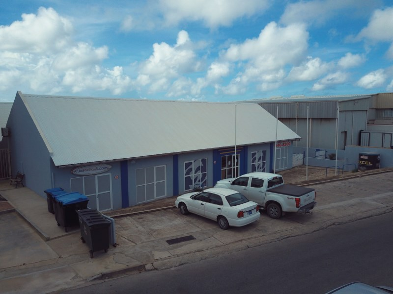 RE/MAX real estate, Aruba, Oranjestad, Wayaca Commercial Park
