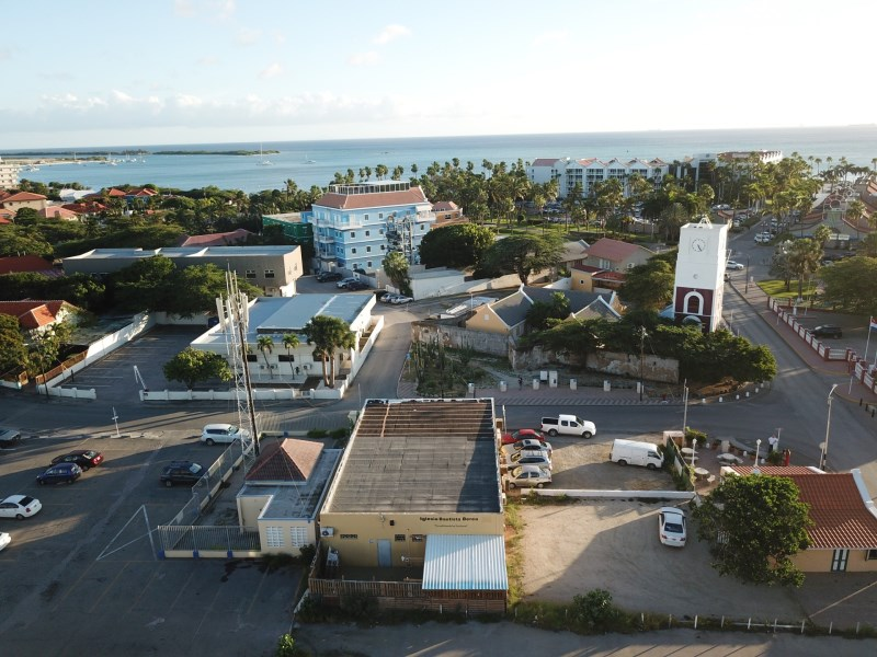 RE/MAX real estate, Aruba, Oranjestad, Zoutmanstraat 21