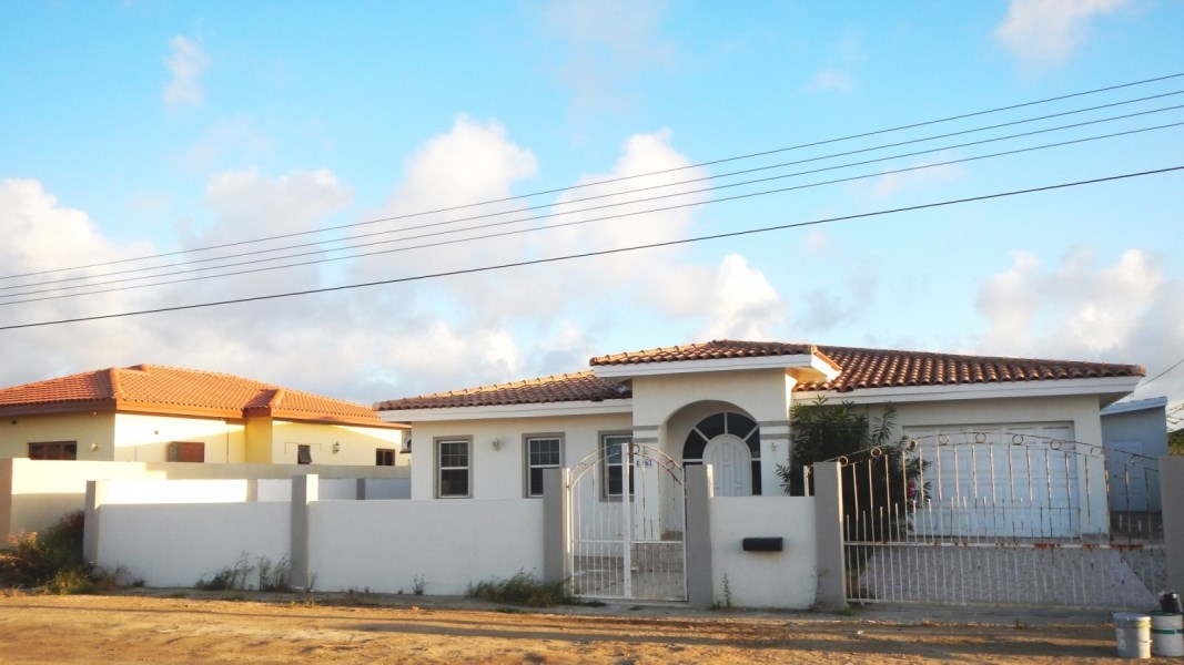 RE/MAX real estate, Aruba, Oranjestad, For rent Esmeralda 62  Rented!