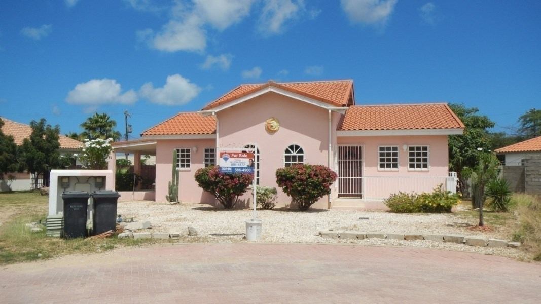 RE/MAX real estate, Aruba, Noord, Cozy House at Cunucu Abow