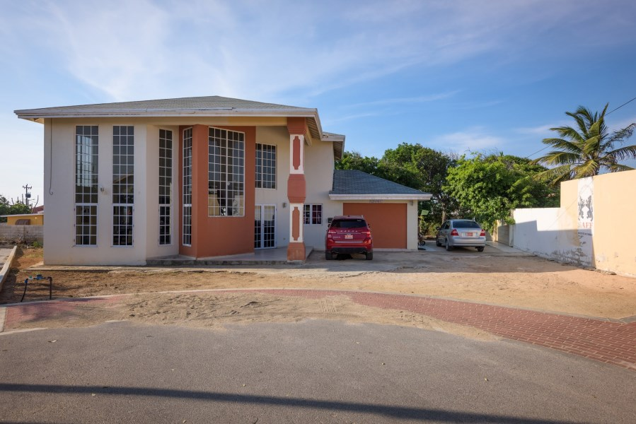 RE/MAX real estate, Aruba, Oranjestad, Verano Home 12
