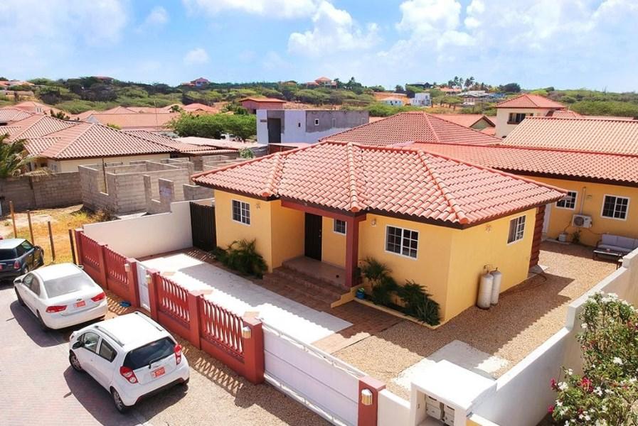 RE/MAX real estate, Aruba, Oranjestad, Washington 181