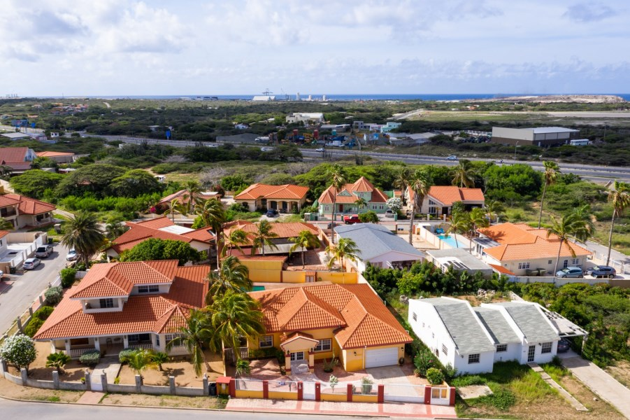 RE/MAX real estate, Aruba, Oranjestad, Wayaca 272