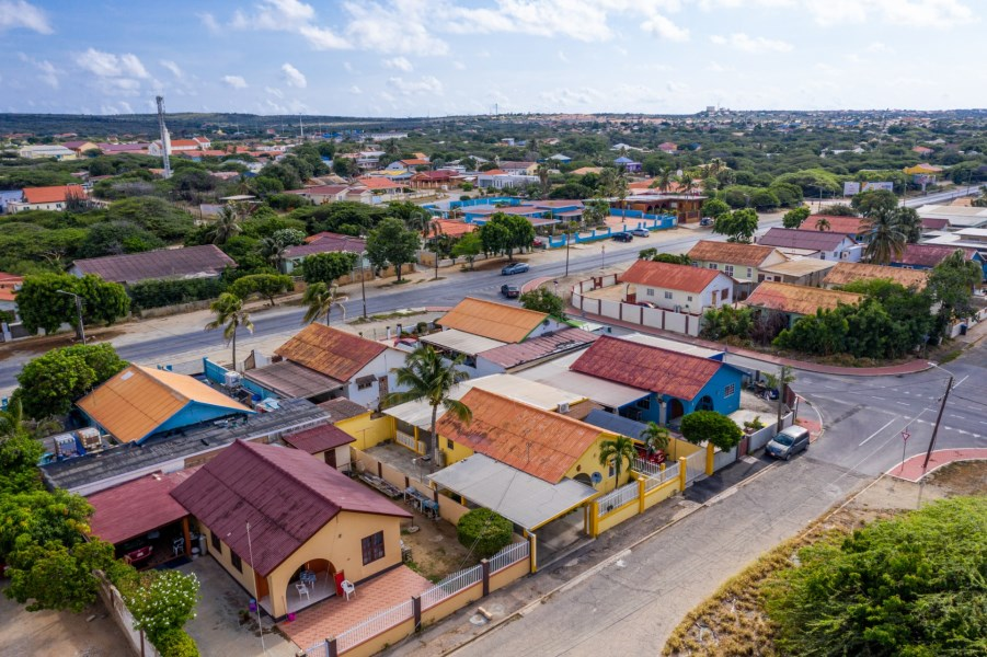 RE/MAX real estate, Aruba, Savaneta, Simon Plaatstraat 15