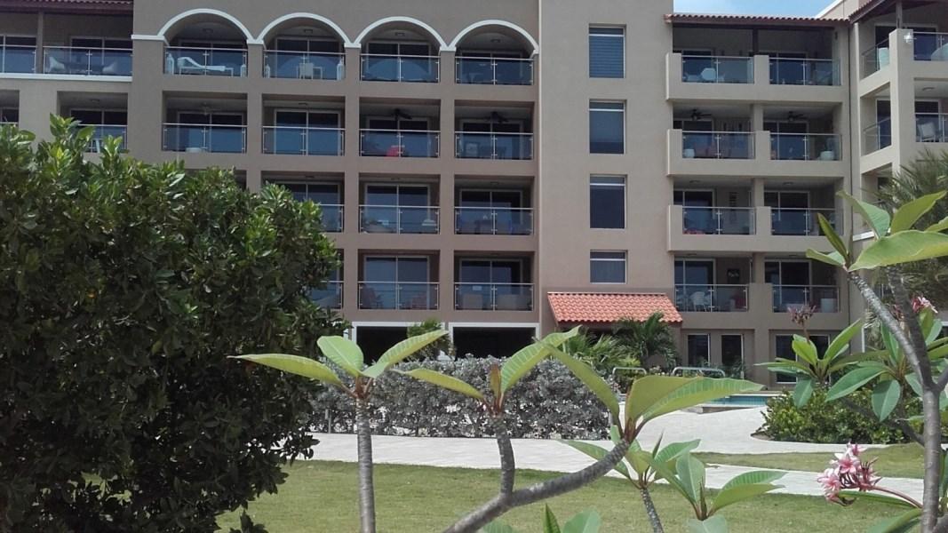 RE/MAX real estate, Aruba, Oranjestad, Oasis Condominium