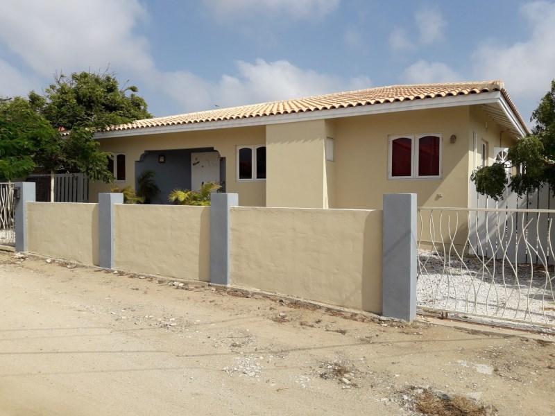 RE/MAX real estate, Aruba, Noord, Esmeralda 45