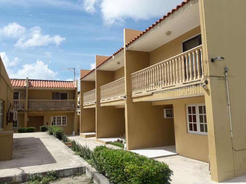 RE/MAX real estate, Aruba, Oranjestad, Sabana Blanco Apartment complex