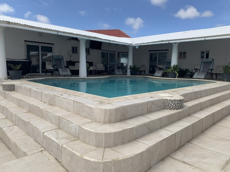 RE/MAX real estate, Aruba, Oranjestad, Caya Frére Alexius 16