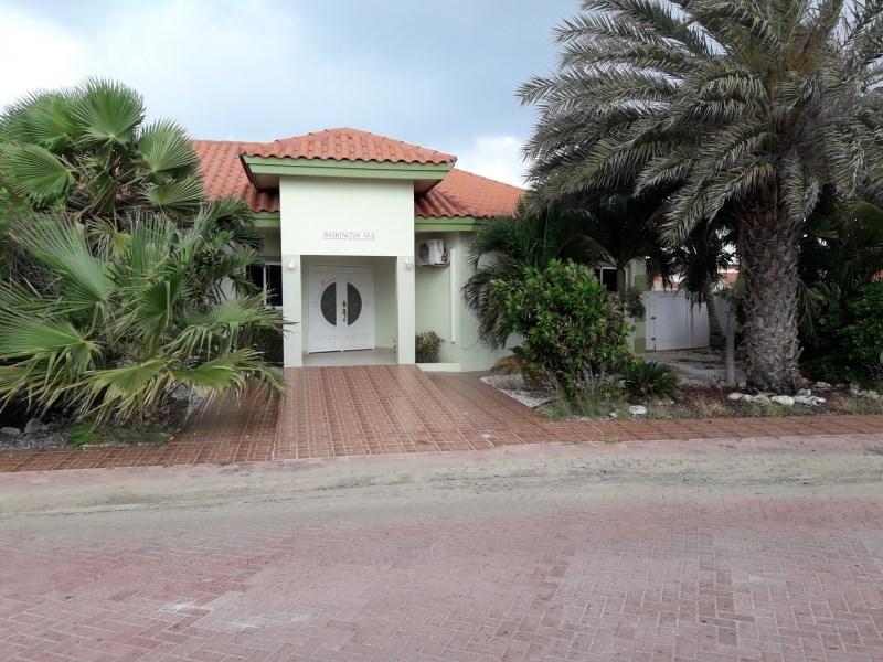RE/MAX real estate, Aruba, Noord, Washington Gardens 49 J